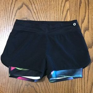 Girls Xersion Shorts Size Med (10/12)